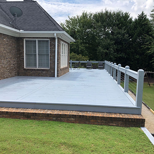 Gray Deck with Cable Rail 1-thumb